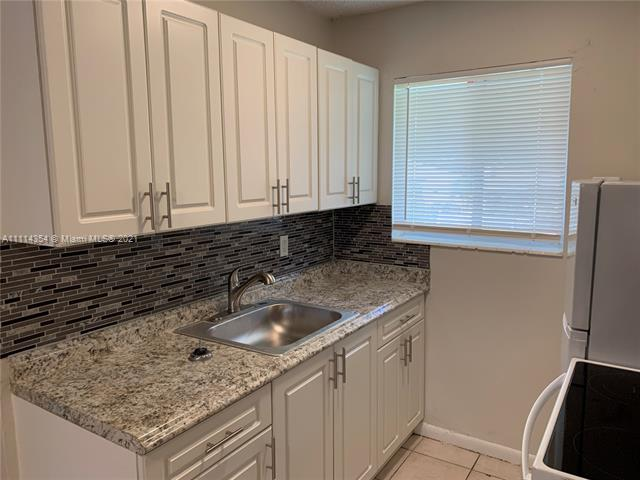 2150  Madison St #30 For Sale A11114354, FL