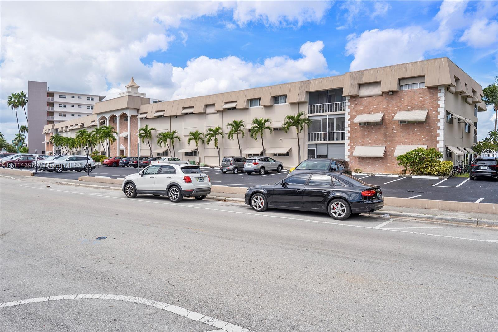 300  Golden Isles Drive #117 For Sale A11114396, FL