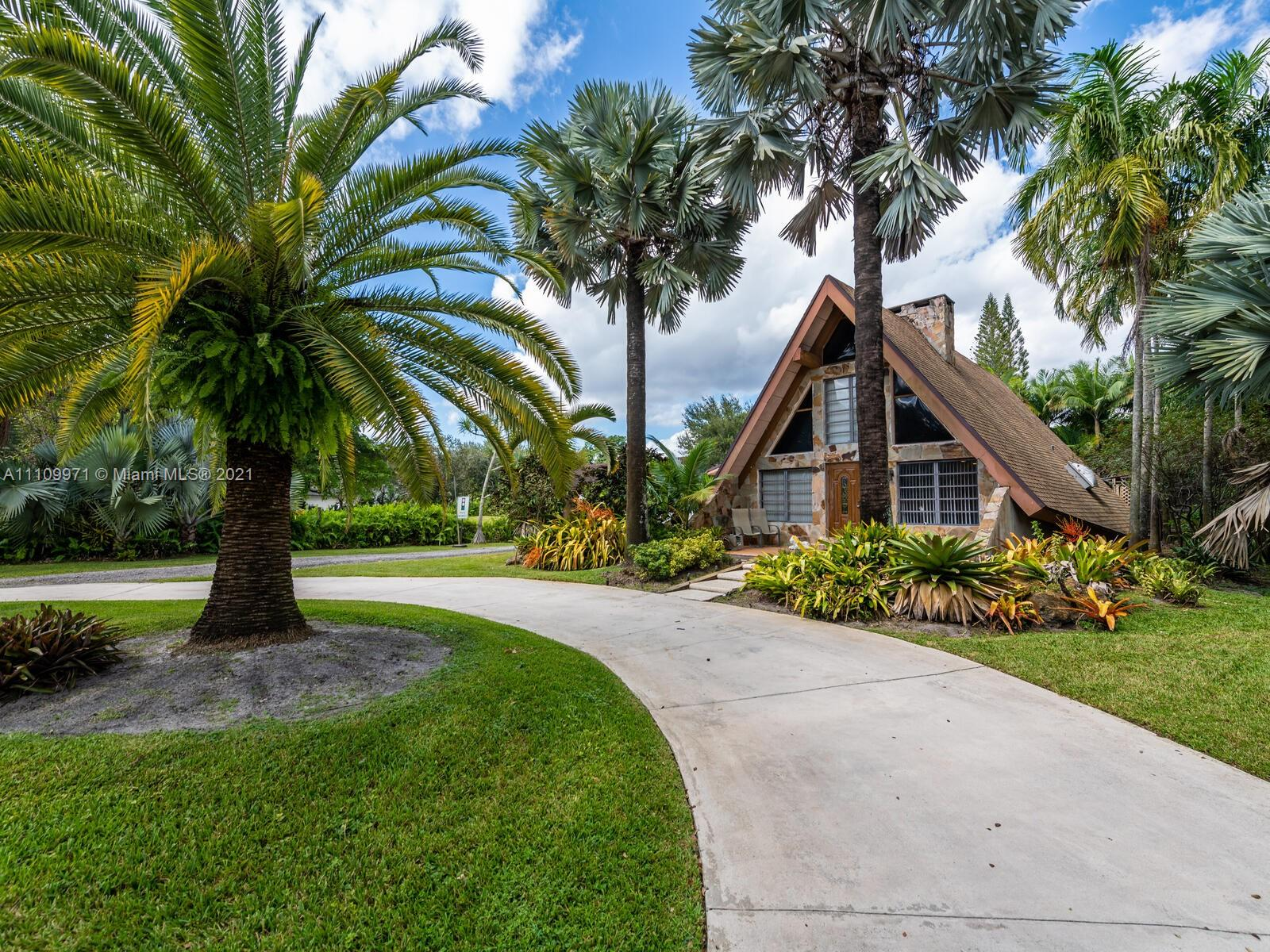 14551 SW 24th St  For Sale A11109971, FL