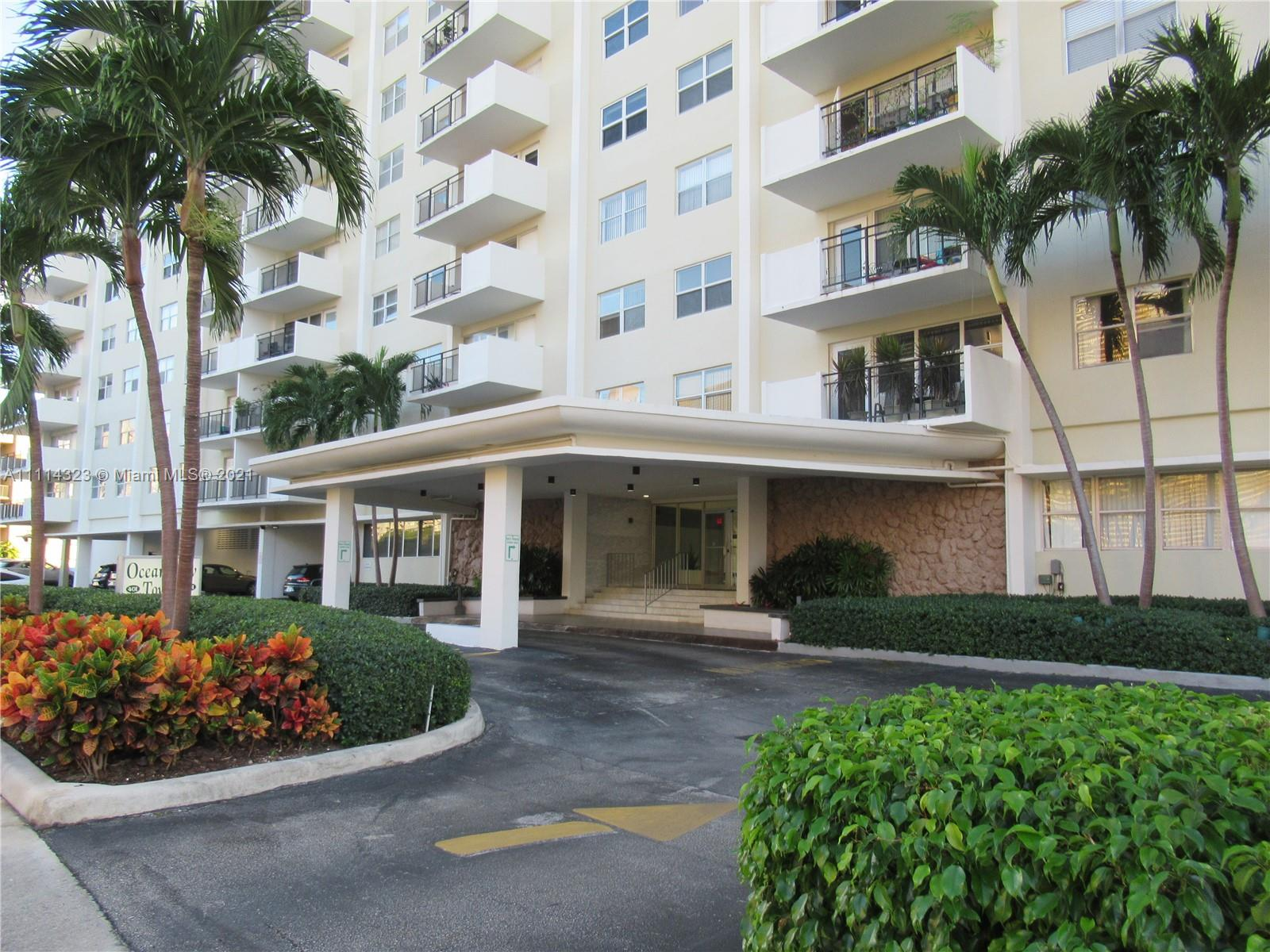401  Golden Isles Dr #203 For Sale A11114323, FL
