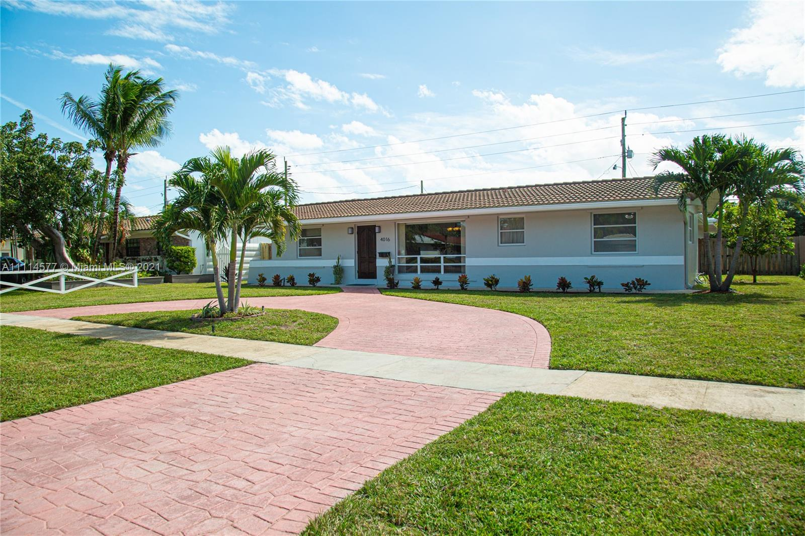 4016  Grant St  For Sale A11114577, FL