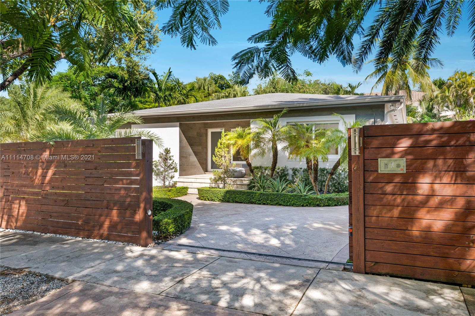 2699 SW 17th Ave  For Sale A11114708, FL
