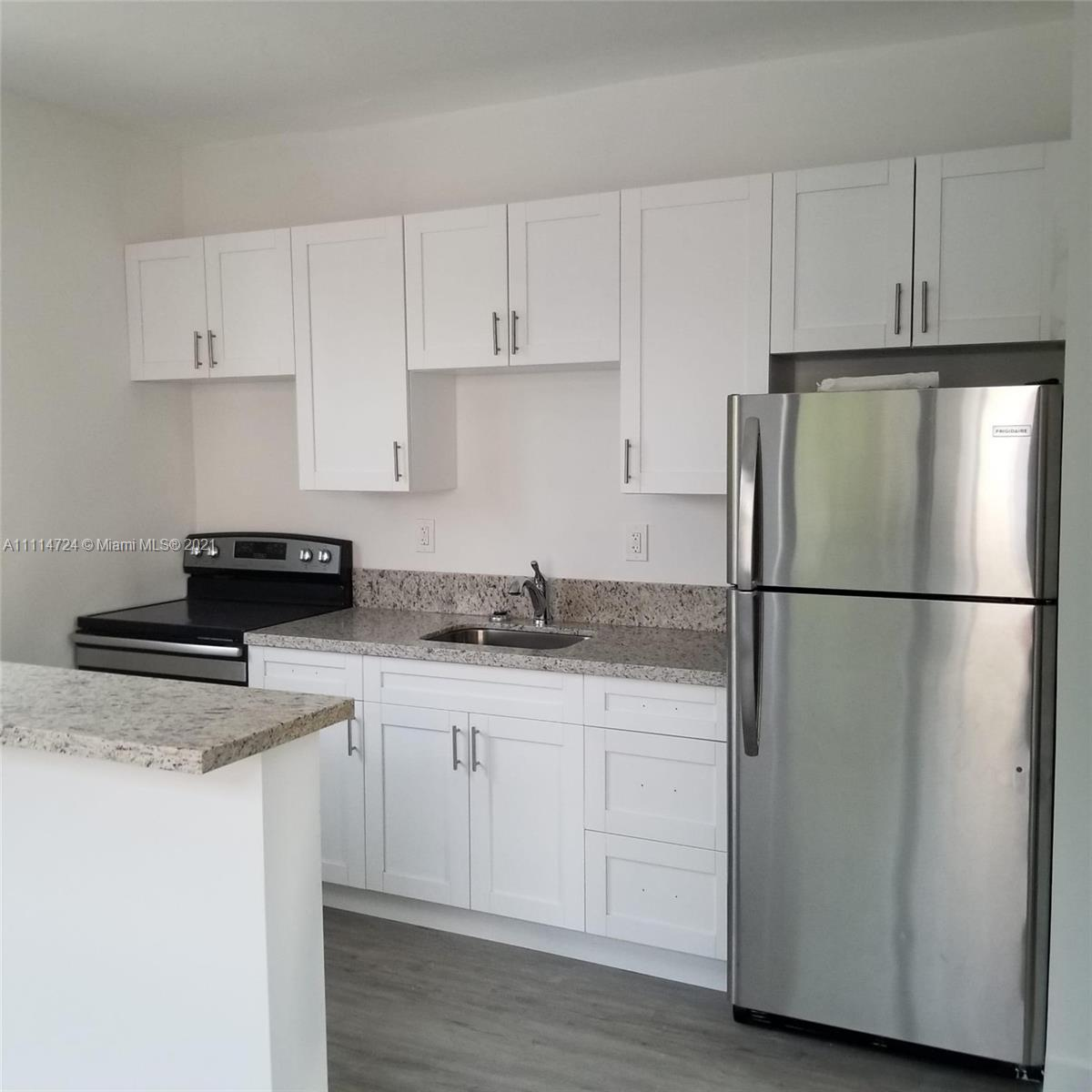337 SW 5th Ave #7 For Sale A11114724, FL