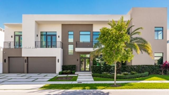 10530 NW 68th Ter  For Sale A11110470, FL