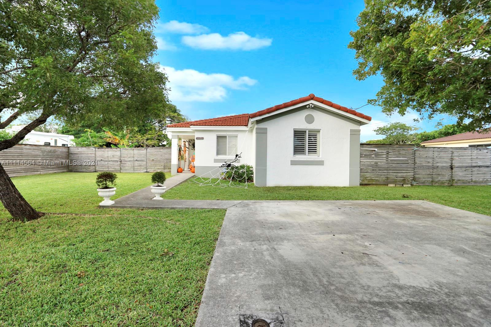 10447 SW 181st St  For Sale A11114564, FL
