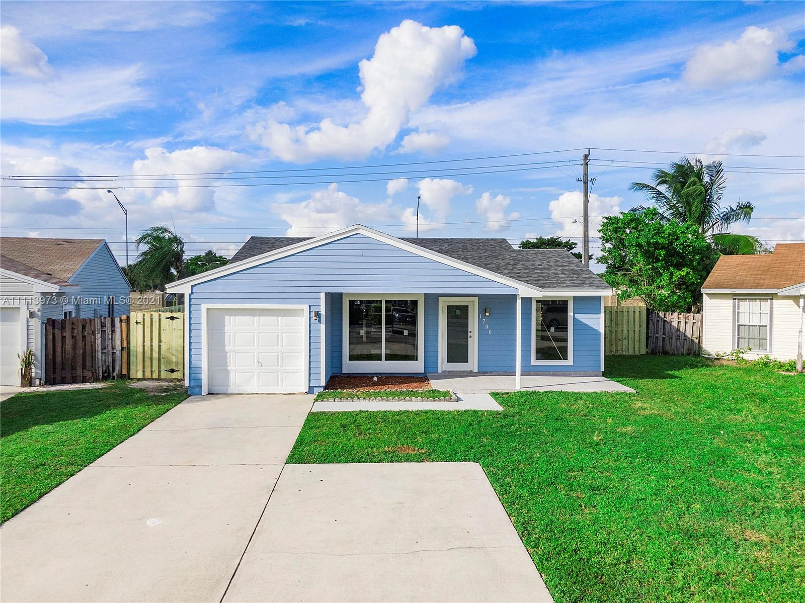 1700 SW 82nd Ter  For Sale A11113973, FL