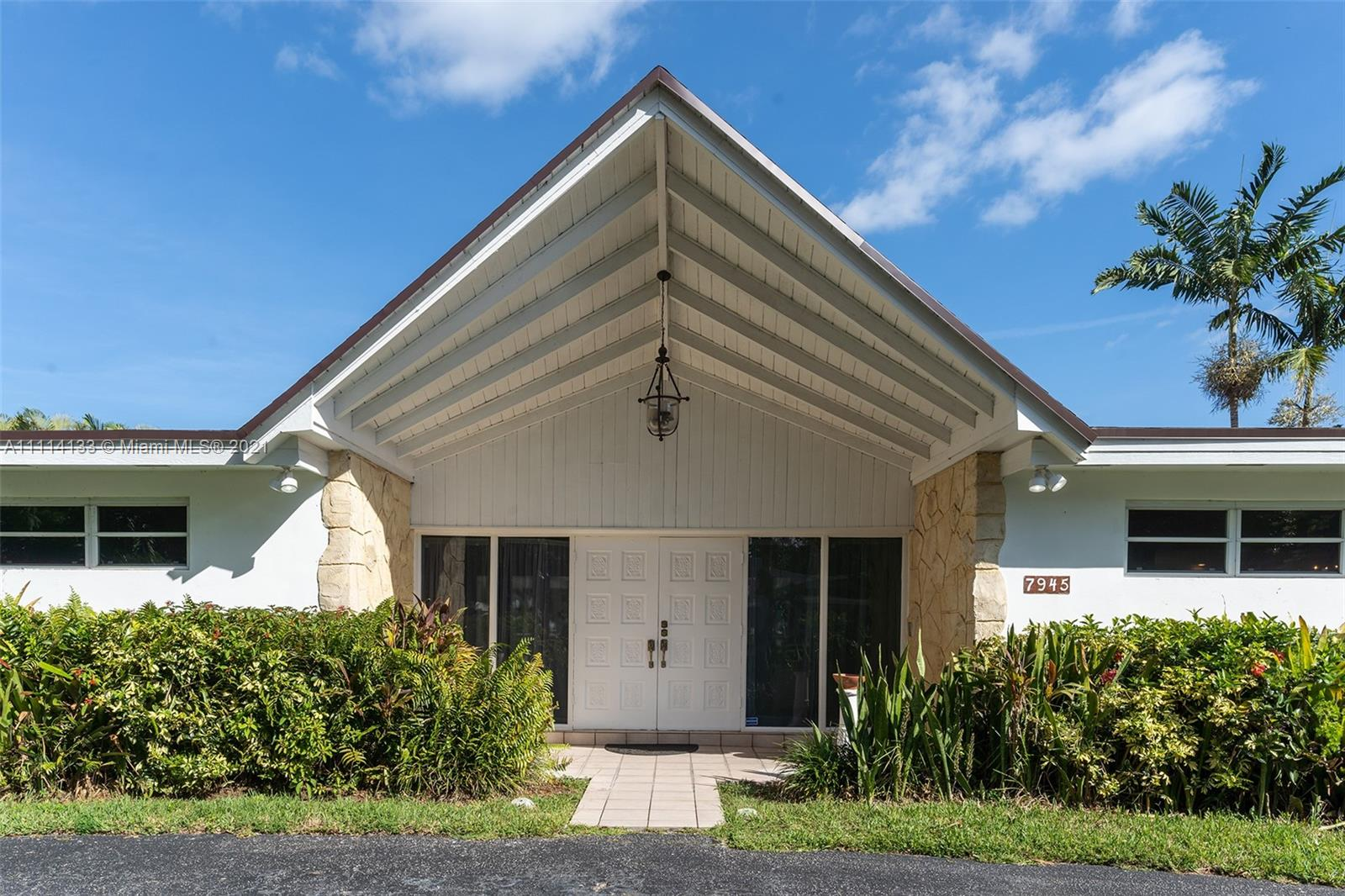 7945 SW 135th St  For Sale A11114133, FL