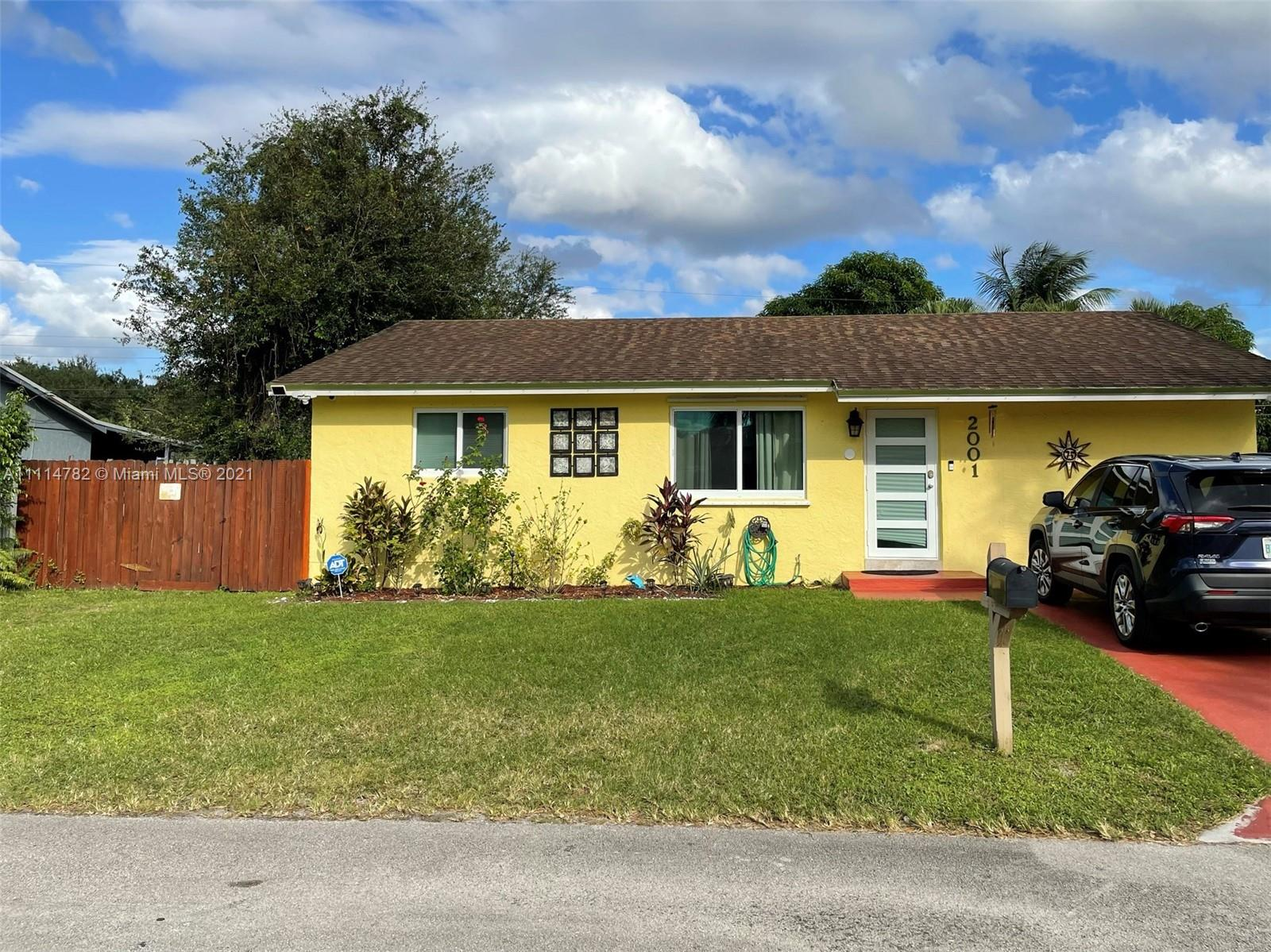 2001 SW 95th Ter  For Sale A11114782, FL