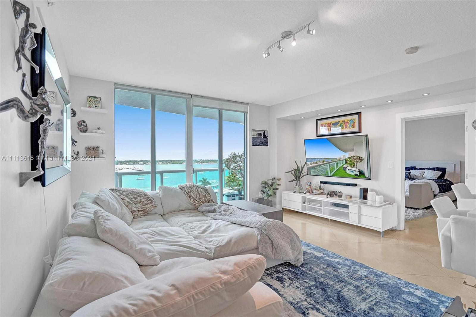 7900  Harbor Island Dr #820 For Sale A11113618, FL