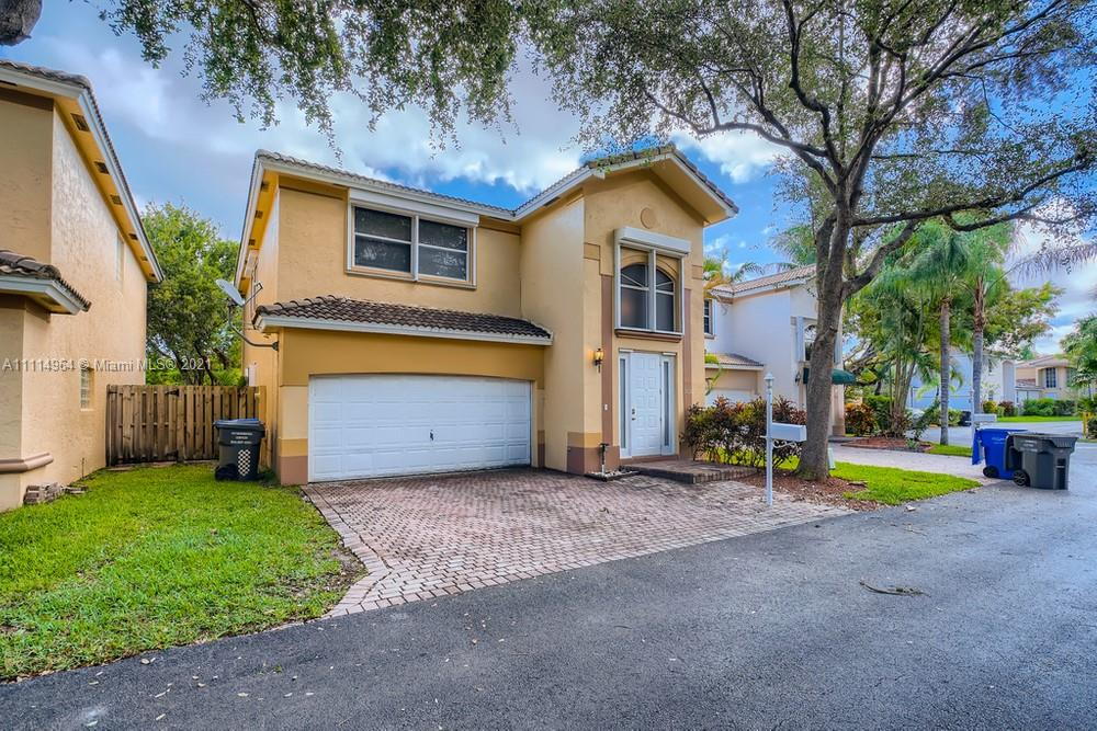 1031 N 12th  For Sale A11114964, FL