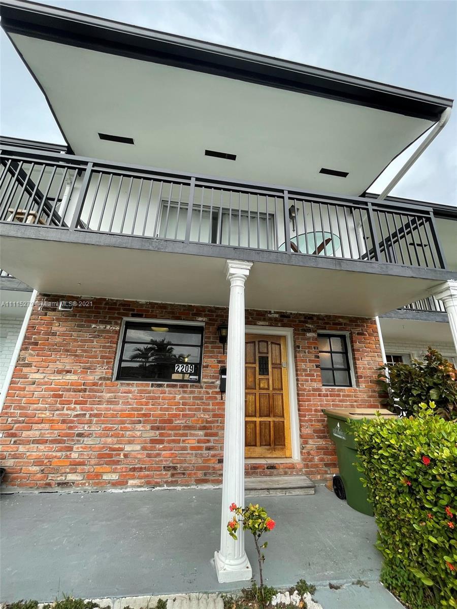 2209 NE 122nd St  For Sale A11115279, FL