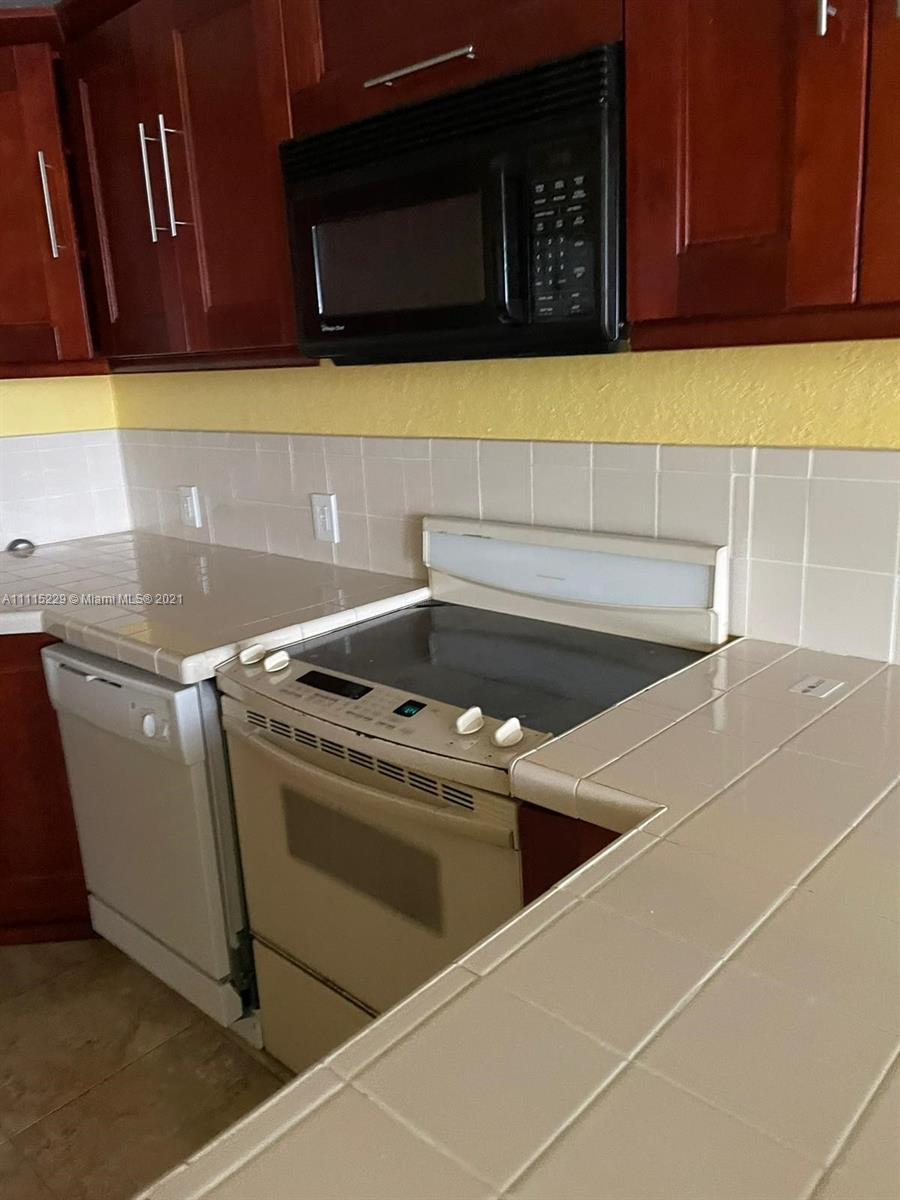 2025 NE 164th St #715 For Sale A11115229, FL