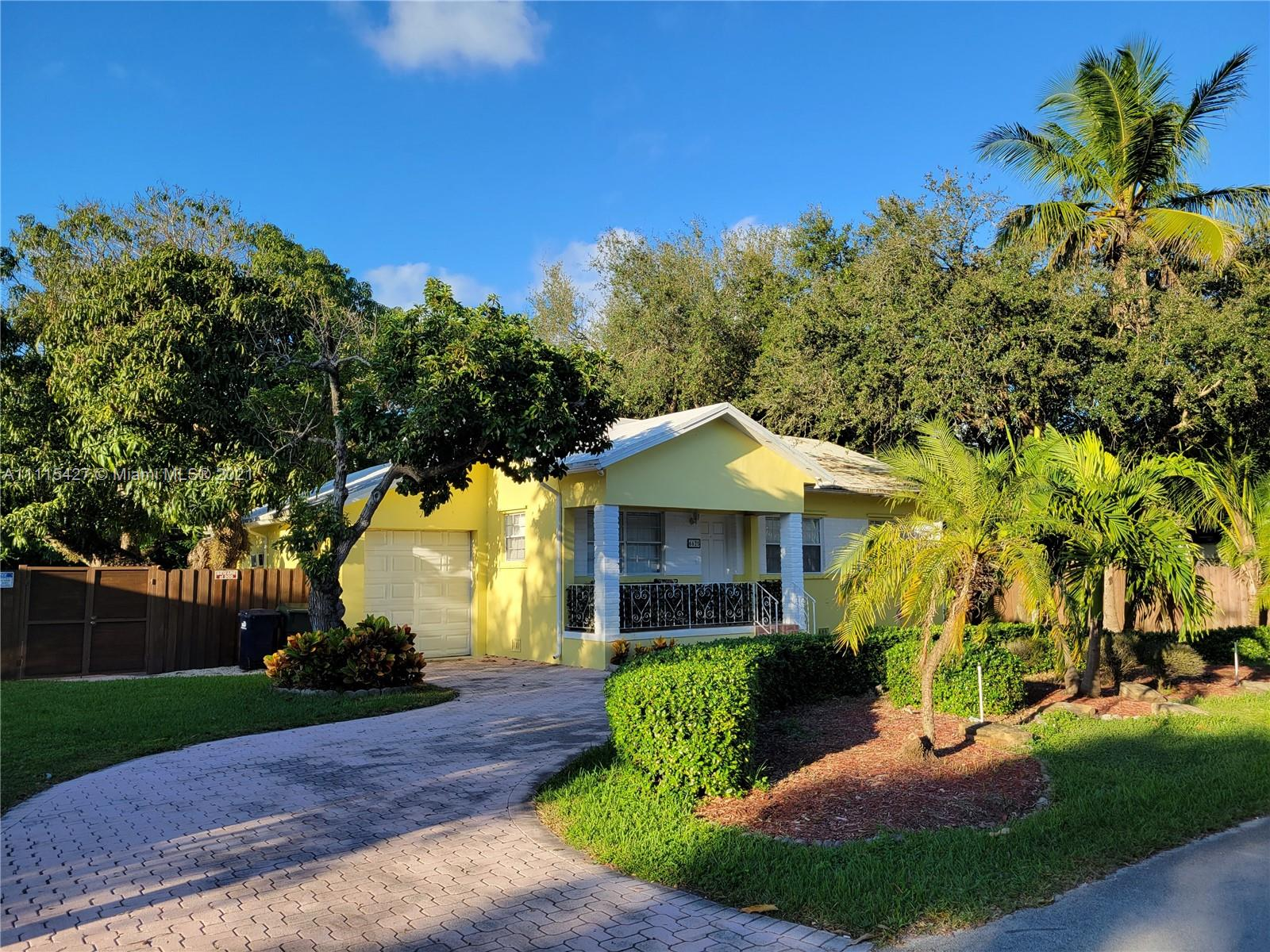 6625 SW 79th St  For Sale A11115427, FL