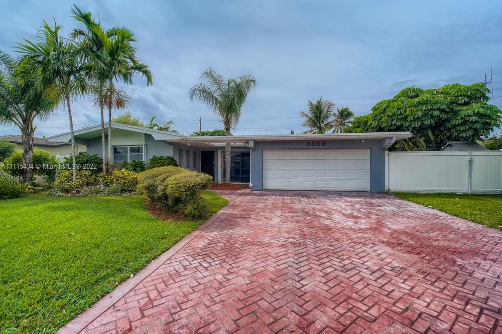 3300  Hibiscus  For Sale A11115434, FL