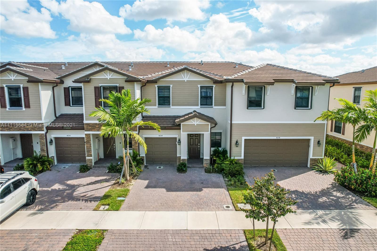 4654  Santa Cruz Way #4654 For Sale A11115584, FL