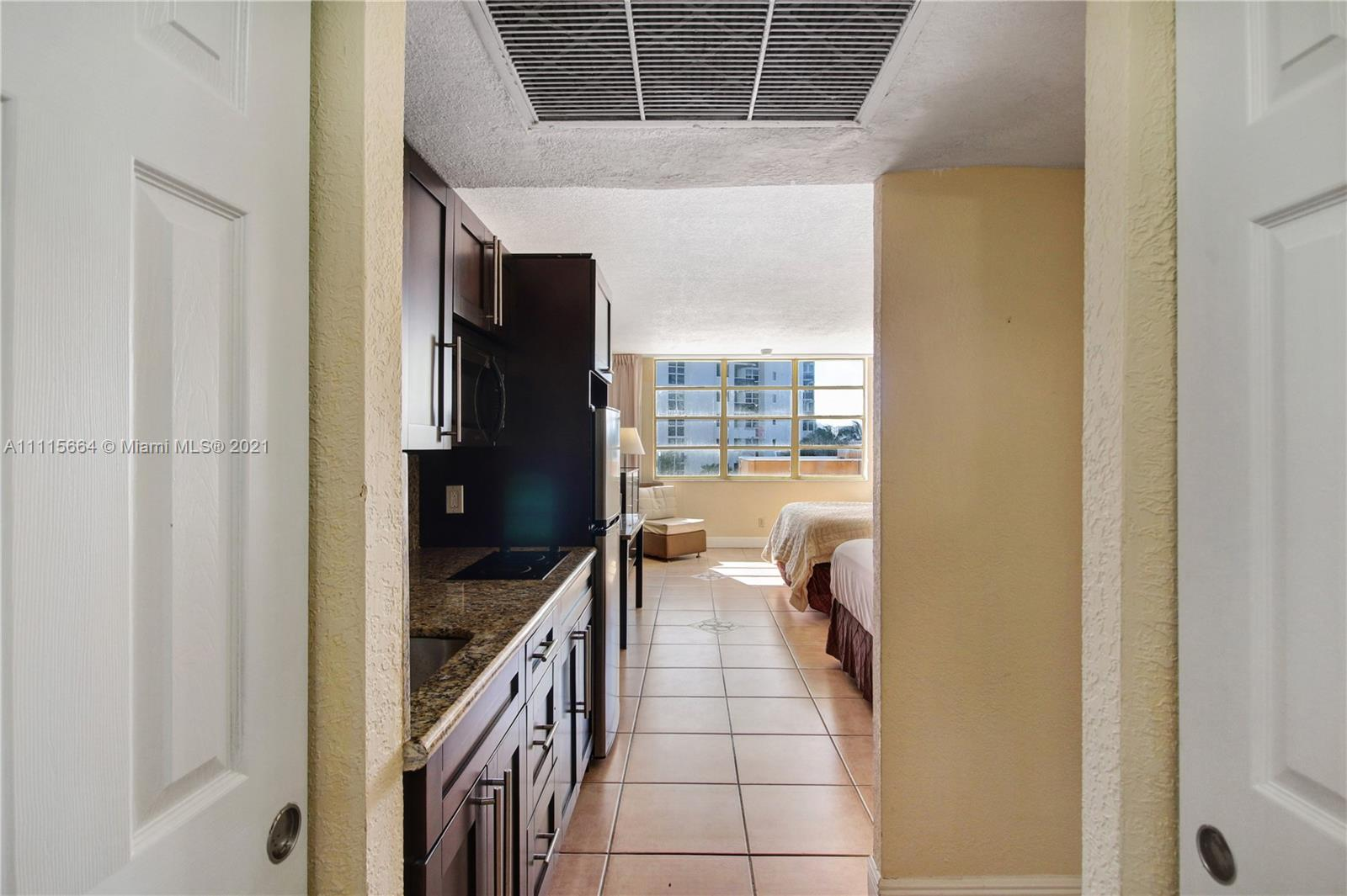 19201  Collins Ave #307 For Sale A11115664, FL