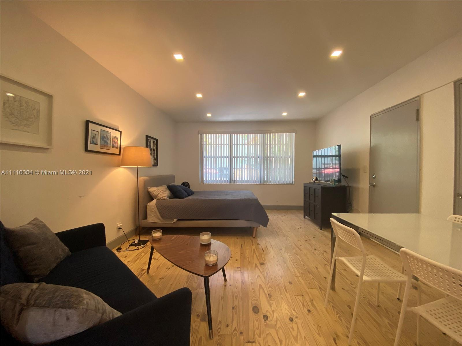 1135  Meridian Ave #1 For Sale A11116054, FL