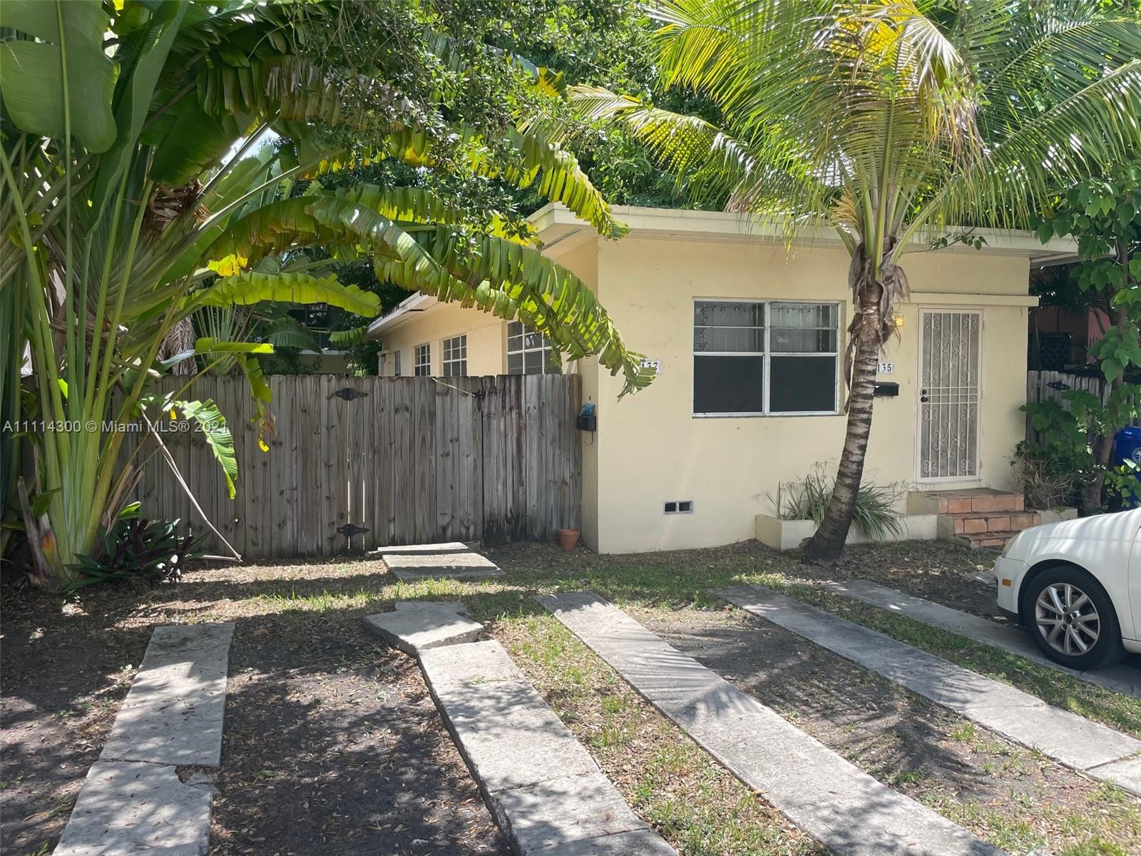 3135  New York St #2 For Sale A11114300, FL
