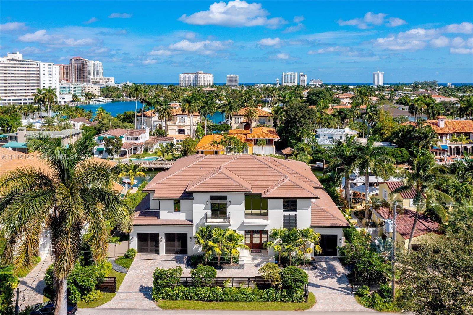Photo of 444  Royal Plaza Dr, Fort Lauderdale, FL 33301
