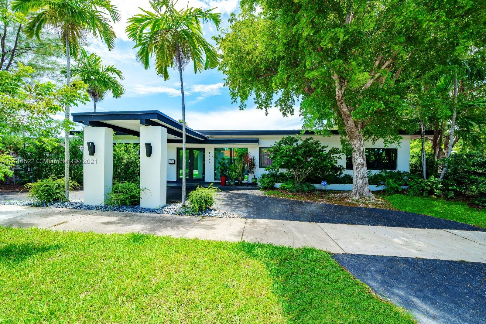 1600  Cleveland Rd  For Sale A11116522, FL