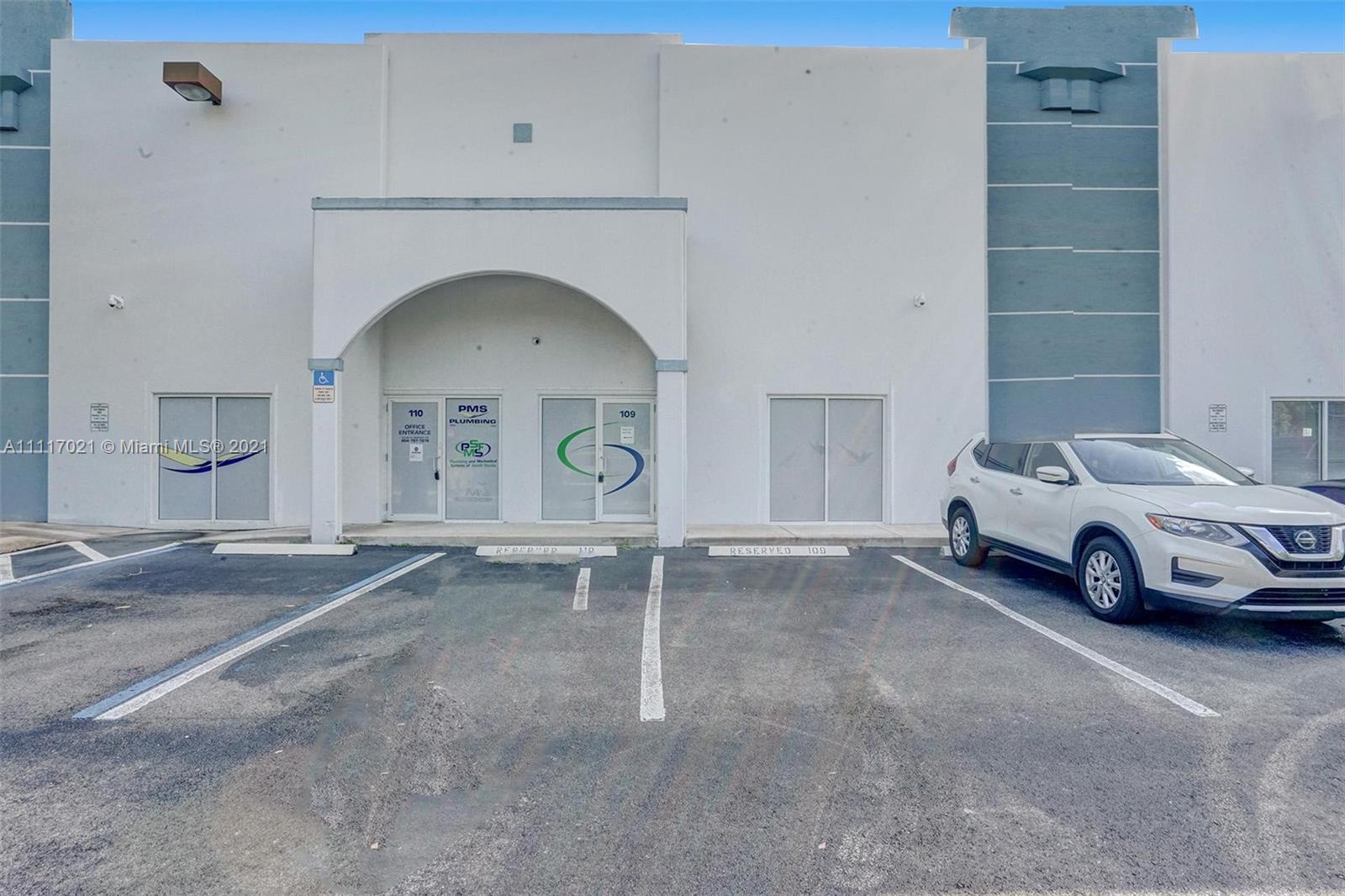 20861 Johnson St 109/110, Pembroke Pines, FL 33029