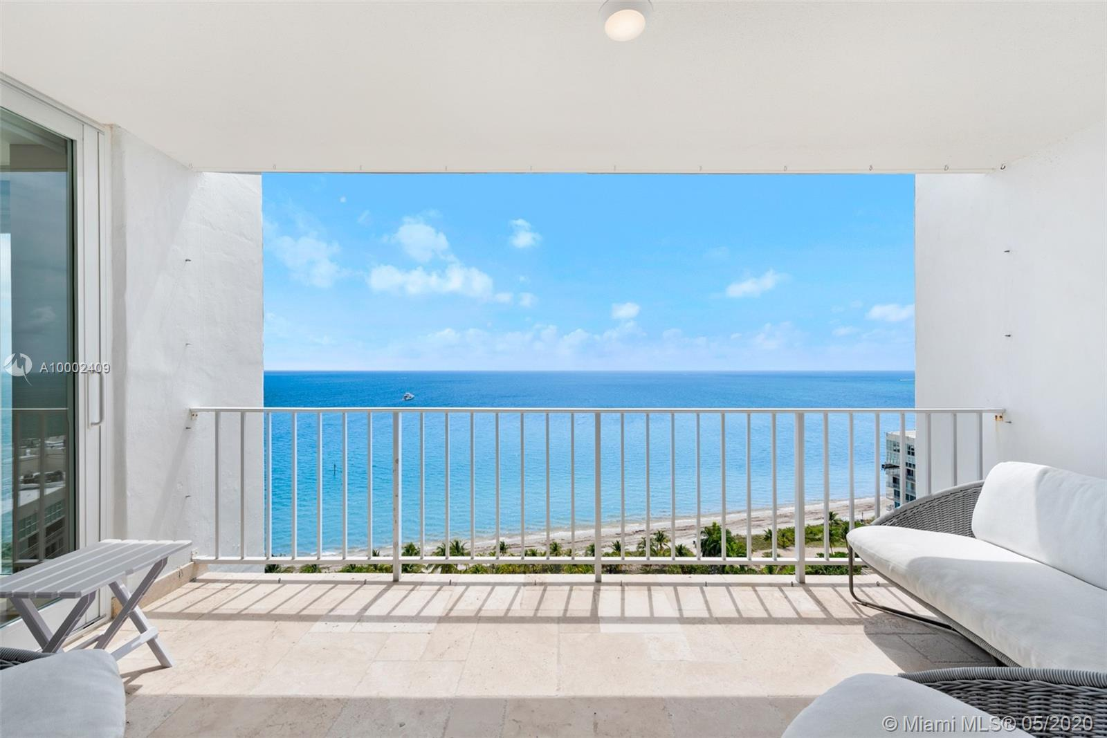 881  Ocean Dr #17C For Sale A10002409, FL