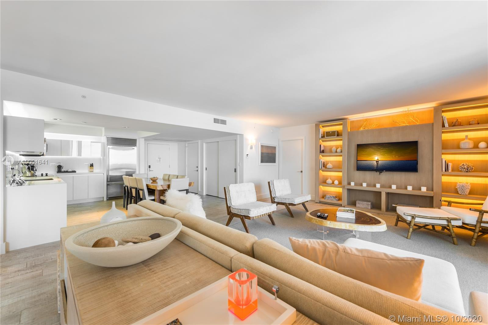 102  24 ST #1040 For Sale A10001641, FL