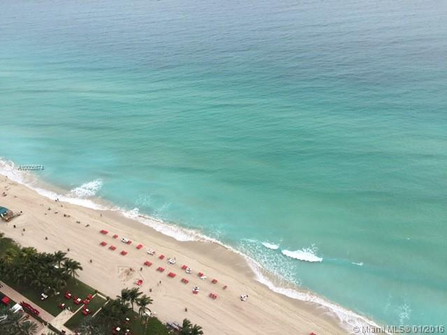 17749  collins ave   3202