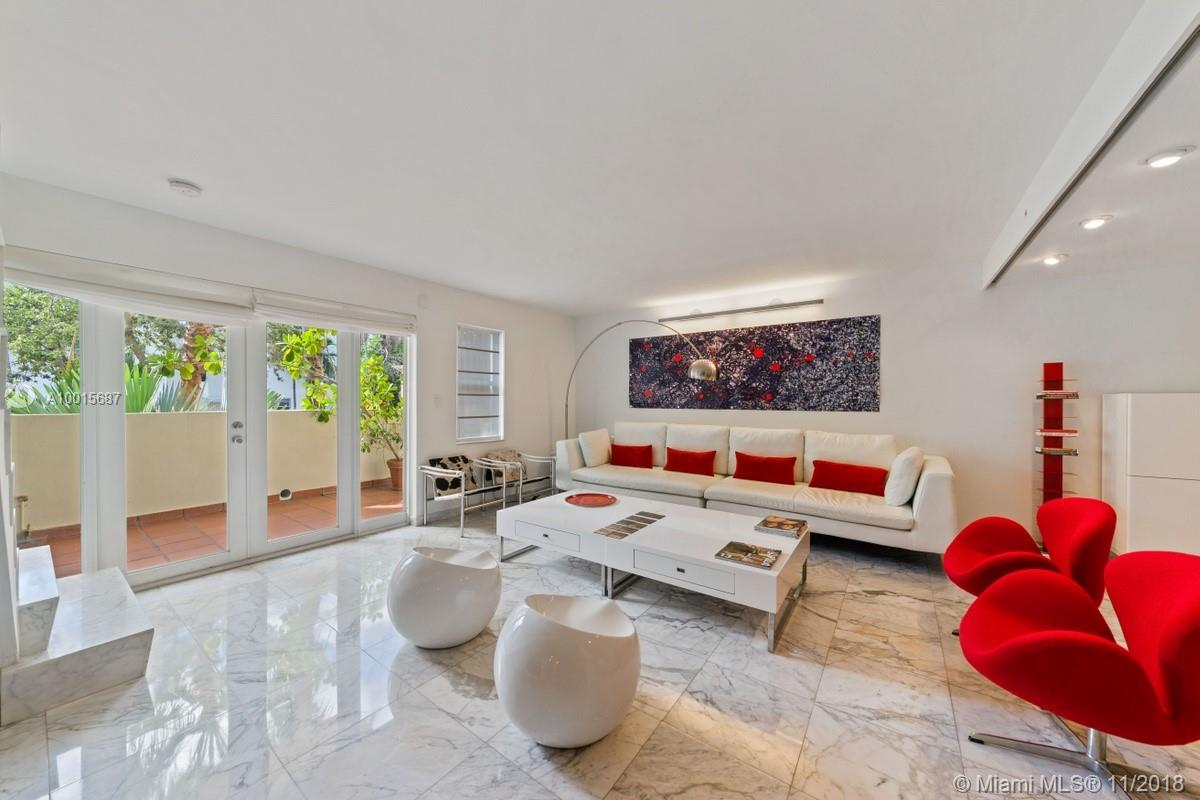 1005  8th St #203 For Sale A10015687, FL