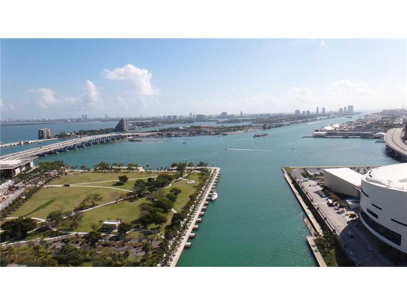 888 Biscayne Bl #2909, Miami, Florida image 29