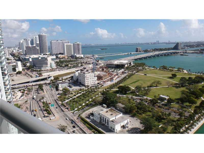 888 Biscayne Bl #2909, Miami, Florida image 28