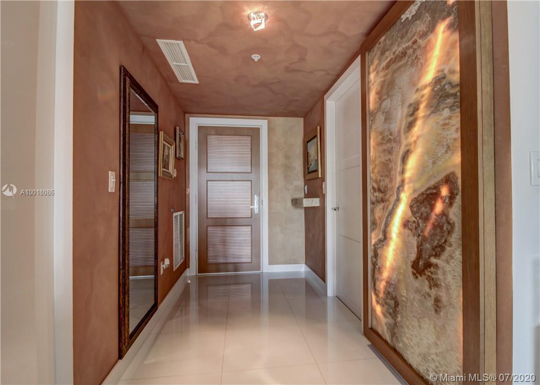 150  Sunny Isles Blvd #1-TH30 For Sale A10018086, FL