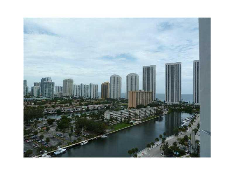 500  BAYVIEW DR #919 For Sale A1870703, FL