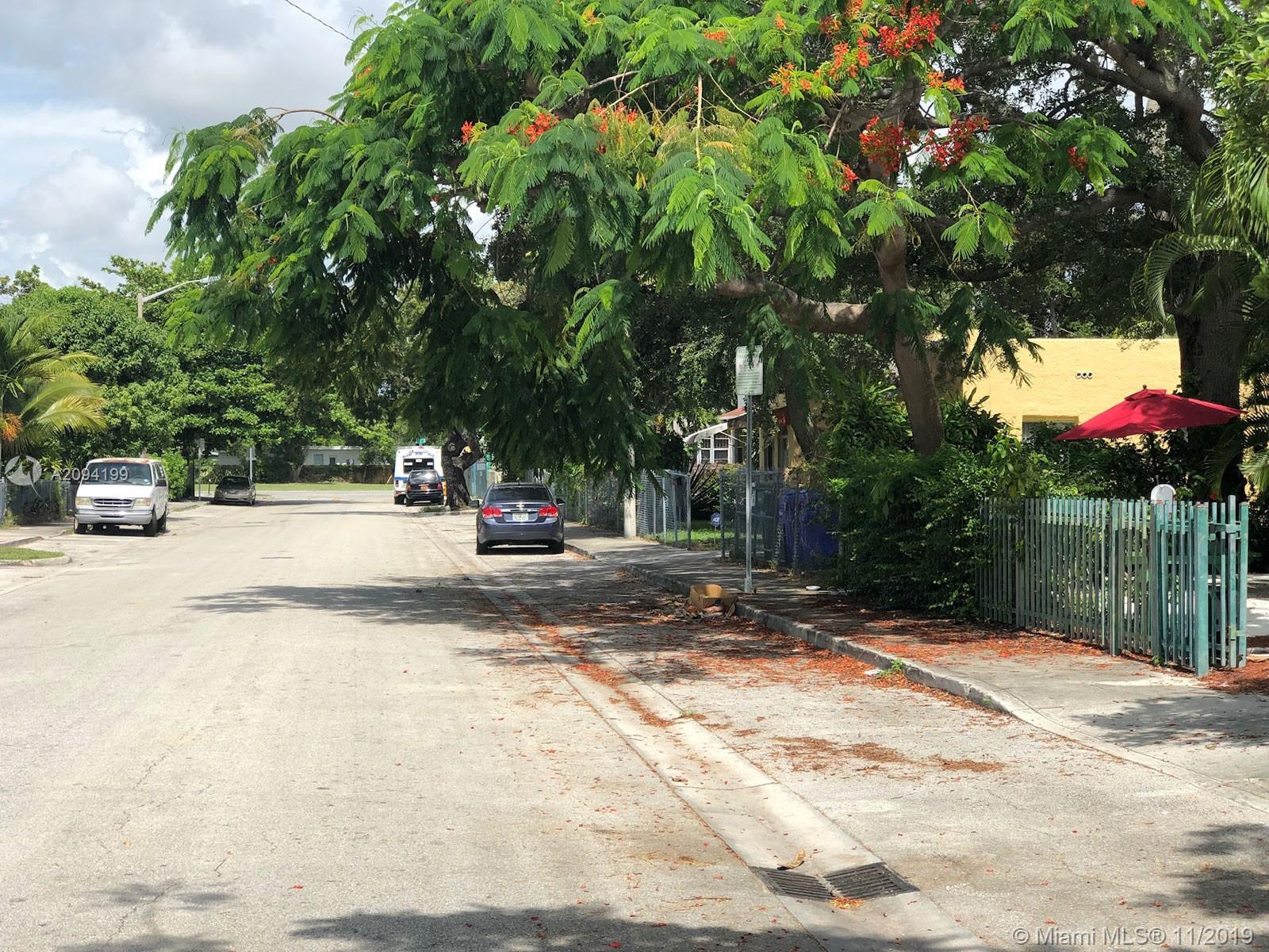 127 NW 47 St, Miami, Florida image 1