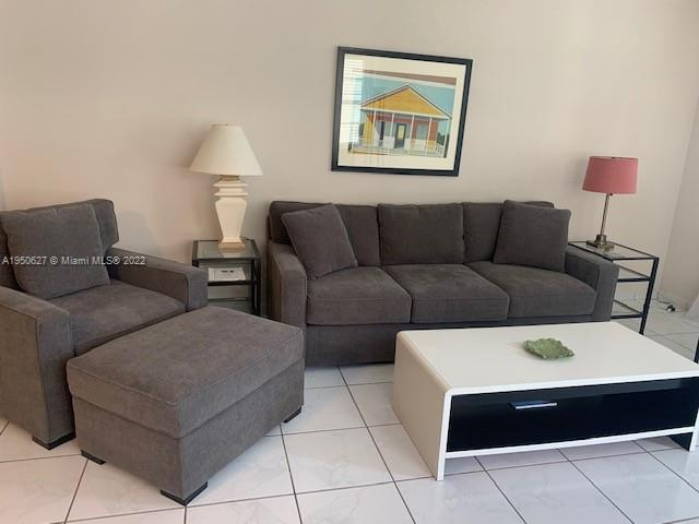 100  LINCOLN RD #821 For Sale A1950627, FL