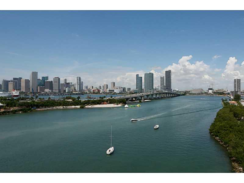 1000  VENETIAN WAY #1008 For Sale A2136045, FL