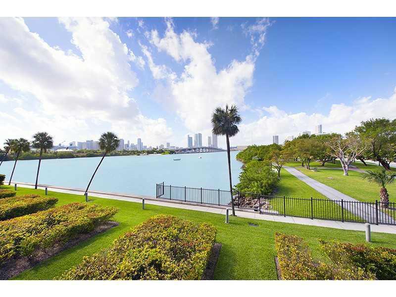 1000 Venetian Way #1008, Miami Beach, Florida image 6