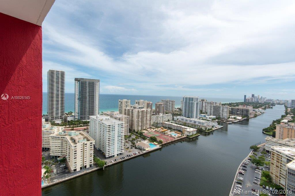 Amazing PH with balcony and incredible private terrace in 34th floor. Best views: Ocean AND intracostal. Italian kitchen cabinetry. State-of-the-art appliances. Furnished by decorator. Best taste ever. Exclusive beach club. Five star amenities. No rental restrictions.