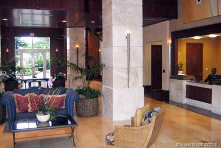 19501 W Country Club Dr #2405 For Sale A10051488, FL