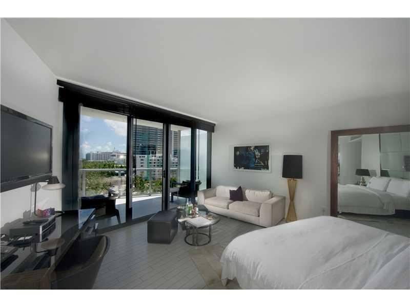 2201  COLLINS AV #826 For Sale A2097147, FL