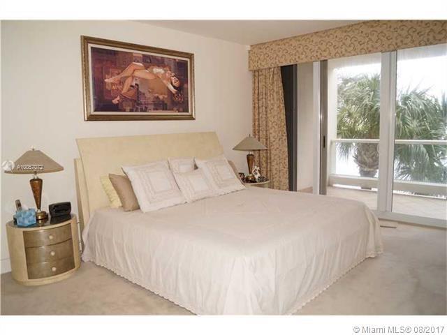 7000 Island Blvd #210, Aventura, Florida image 4