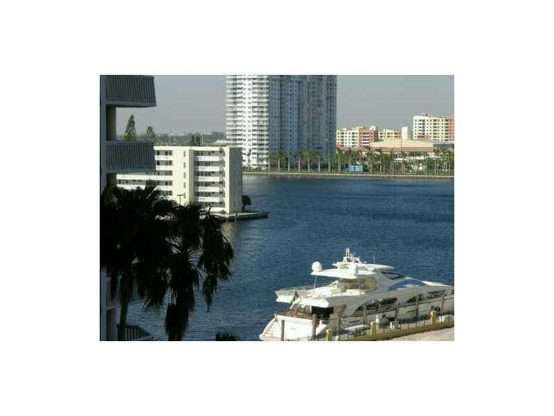1000  ISLAND BL #908 For Sale A2084497, FL