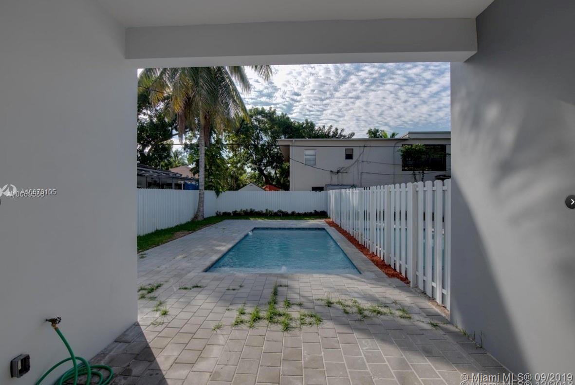 3575 SW 23rd St, Miami, Florida image 3
