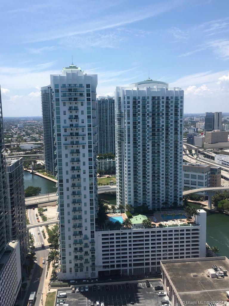 31 SE 5th St #3301, Miami FL 33131