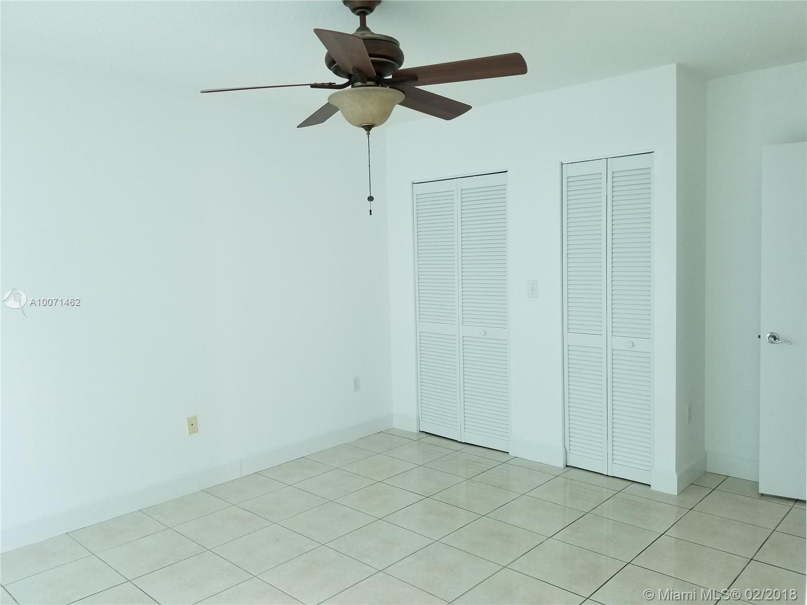 31 SE 5th St #2810, Miami, Florida image 9