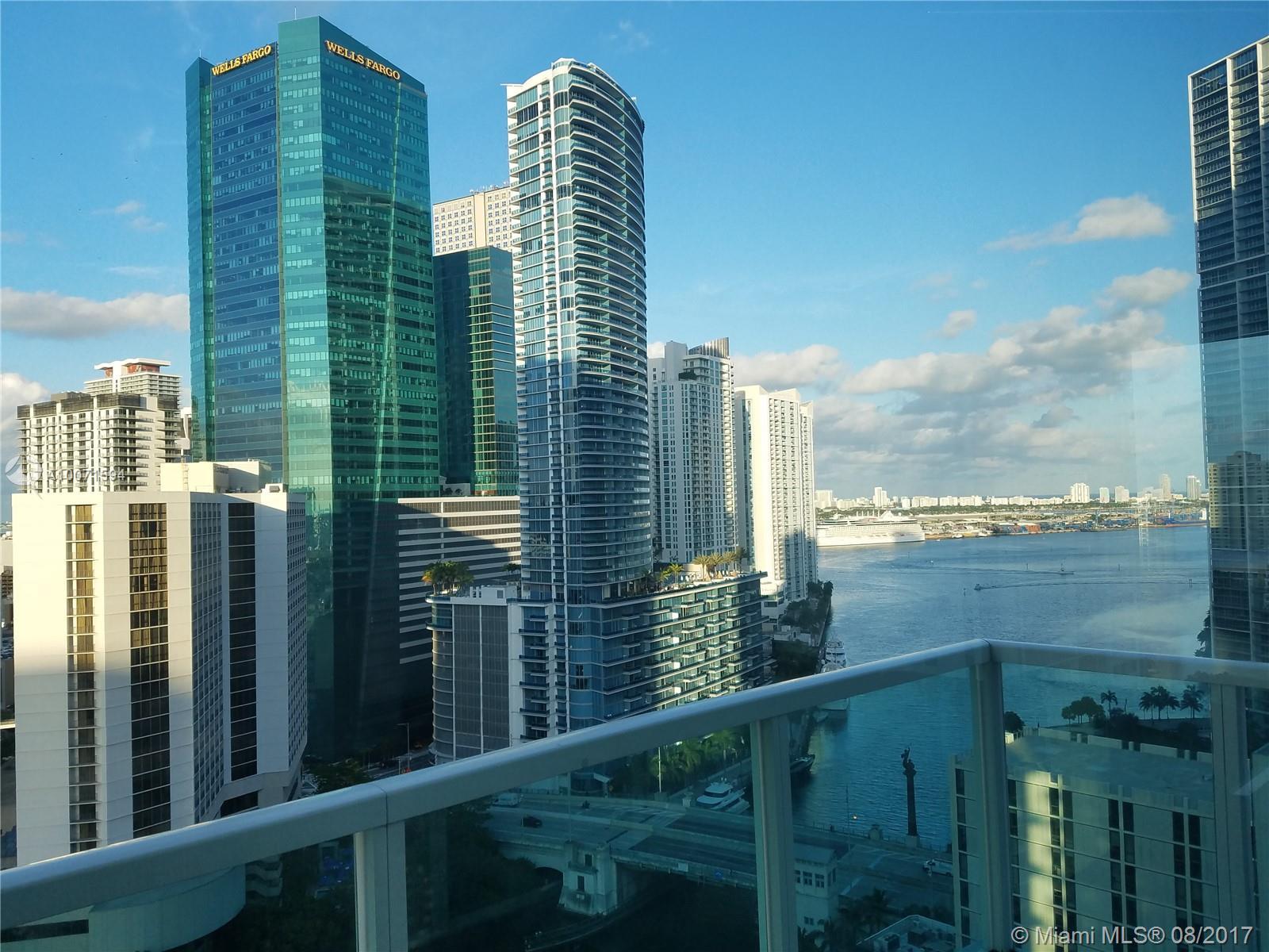41 SE 5th St #1401, Miami, Florida image 8