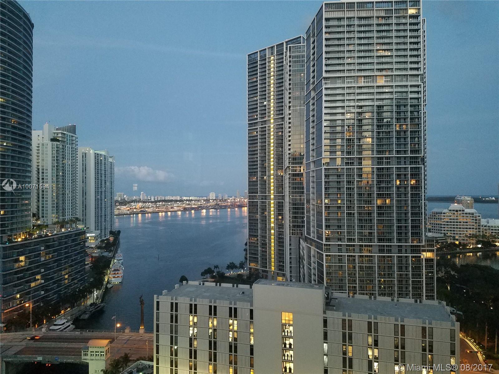 41 SE 5th St #1401, Miami, Florida image 5
