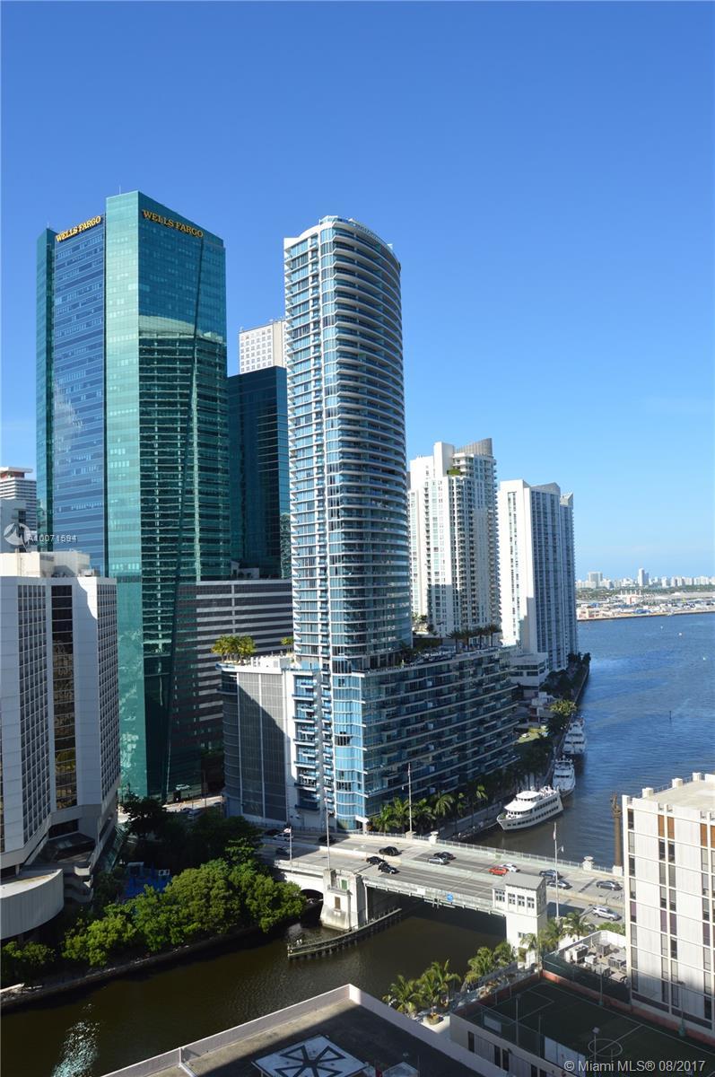 41 SE 5th St #1401, Miami, Florida image 4