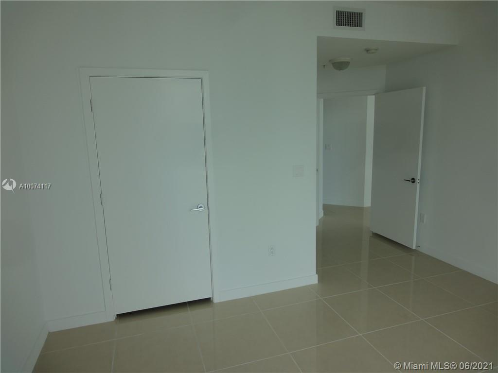 1111 SW 1 Av #LP3820, Miami, Florida image 14