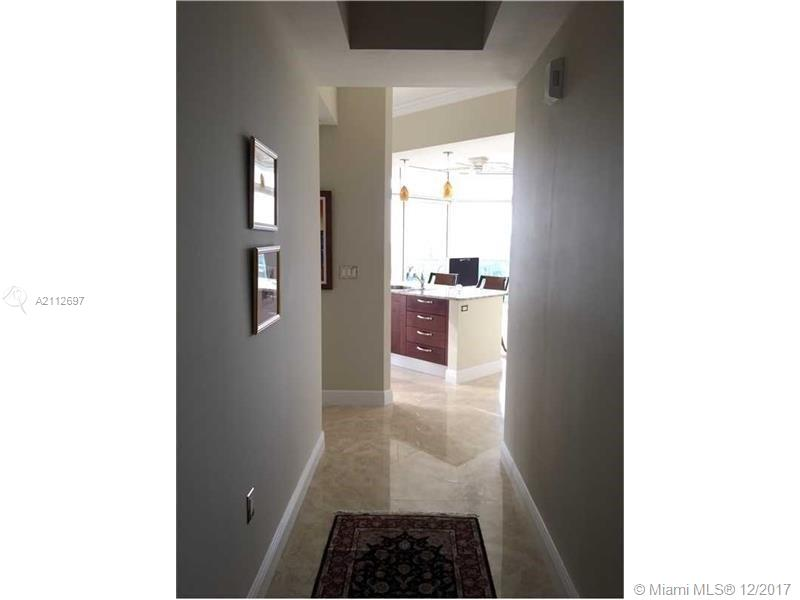 19900 E COUNTRY CLUB DR #PH10 For Sale A2112697, FL